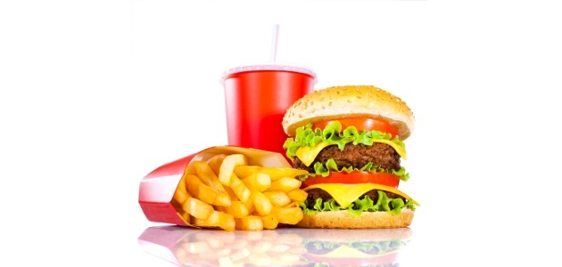 hamburger, frites, soda